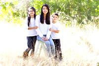 Q. Family Holiday Mini Session | San Antonio Family Photographer